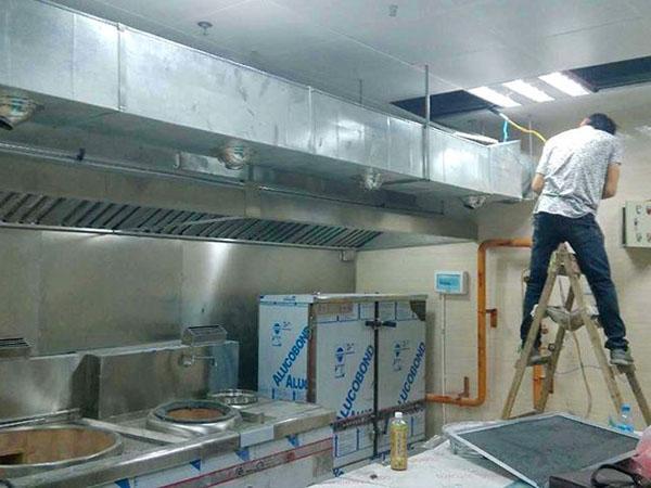 酒店厨房风机安装